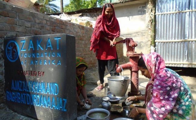 السيد كمال بيررو  في زيارة ميدانية  لبنغلاديش