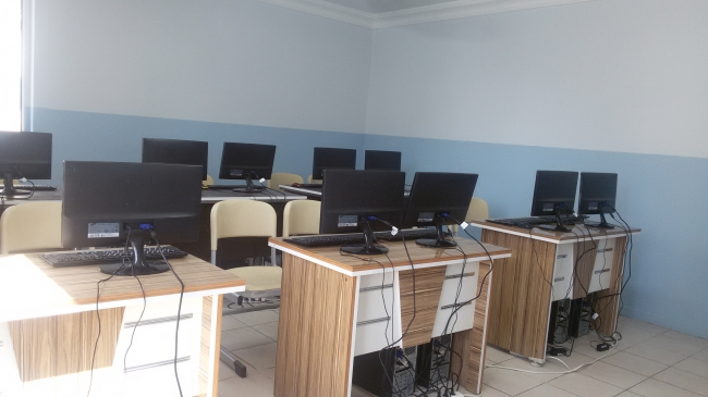 computer lap at zahra university