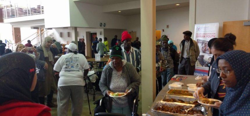 الزكاة تقدم وجبات غداء للمسنين في كارولينا الشمالية
