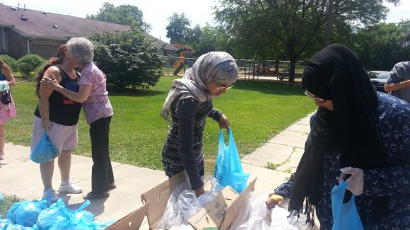 Volunteers Help With Hope Mobile Pantry Program