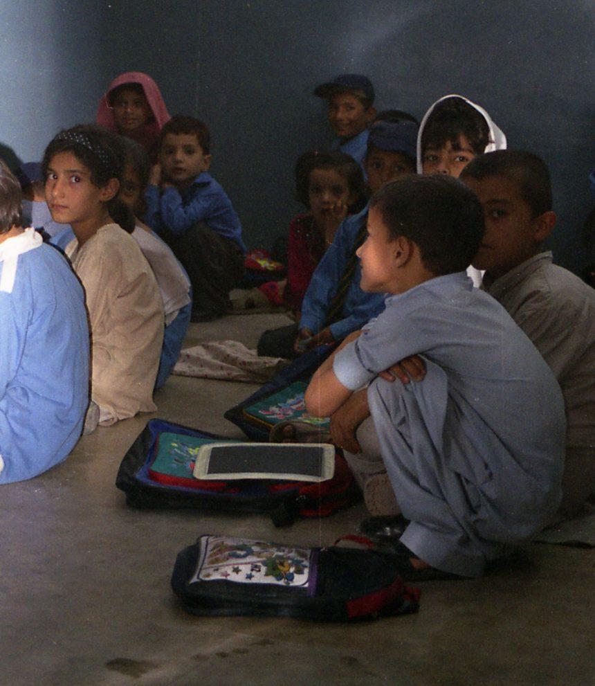 الطاقة الشمسية: أمل جديد للمدارس الريفية في باكستان