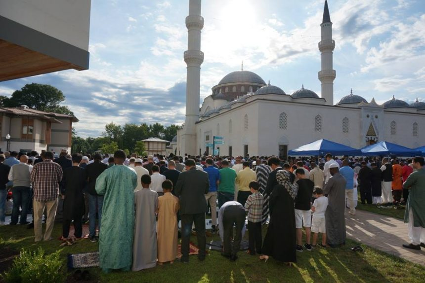 ZF Sponsors Eid Festival at Diyanet Center of America