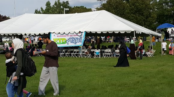 الزكاة تشارك في احتفال العيد في فيلادلفيا
