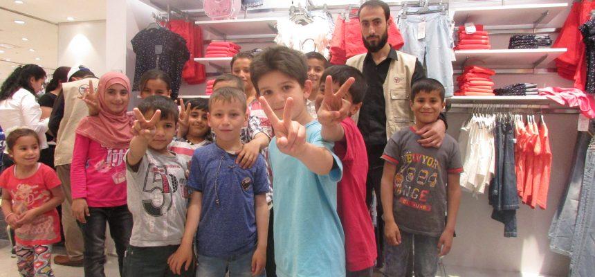 ساهم المتطوعون بدعم 600 يتيم سوري في رمضان
