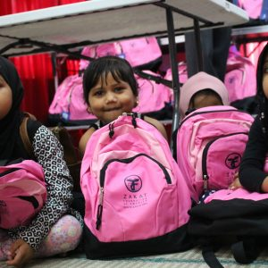 Eid Gifts for Rohingya Youth