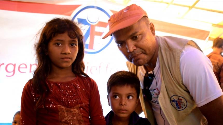 اللاجئون اليتامى :أطفال الروهينغا يشاركون قصص آلامهم التي لا توصف