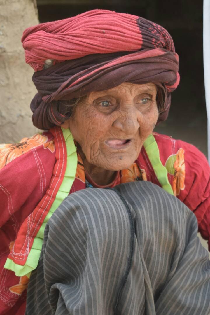 Yemeni elderly face famine