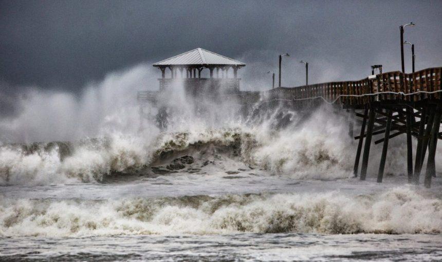الزكاة تستعد لإغاثة ضحايا إعصار فلورنس