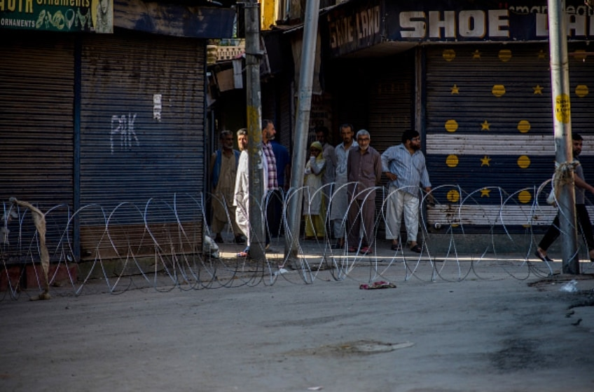 الأزمة الإنسانية المتصاعدة في كشمير