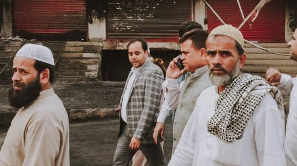 Mobs Burn Out Delhi Muslims as Coronavirus Descends