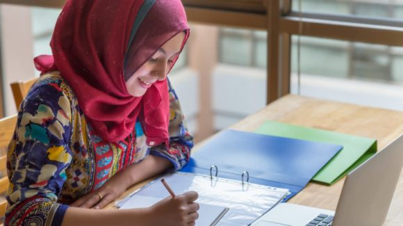 Can Student Loans Be Deducted from Zakat as Debt?