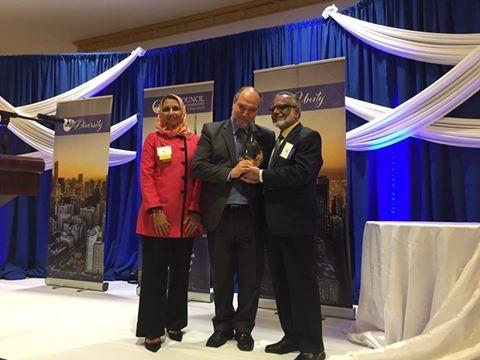 تكريم السيد خليل دمير المدير التنفيذي لمؤسسة الزكاة الأميركية واحدا من أفضل المسلمين لعام 2016