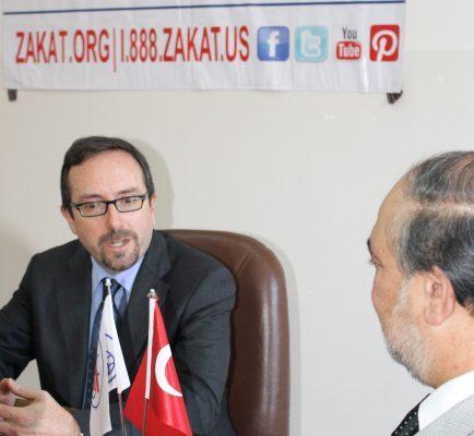السفير الأمريكي في تركيا يثني على الجهد المتفاني لمؤسسة الزكاة الأميركية