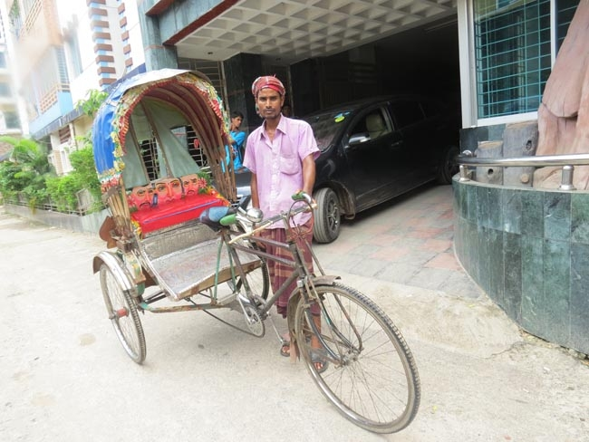 Rickshaws bring economic empowerment to Bangladeshi families