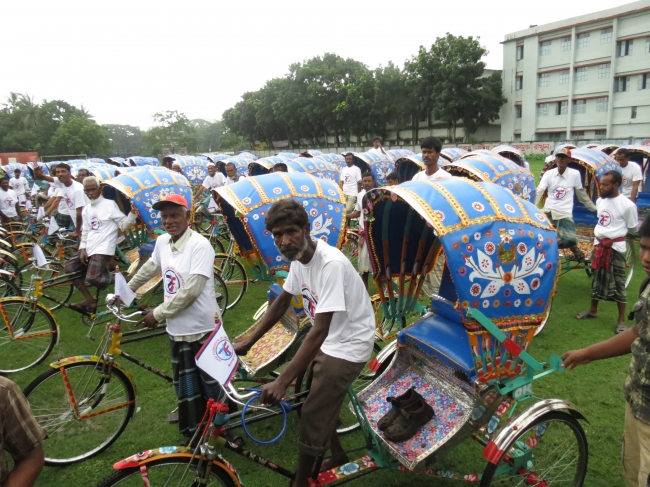 Rickshaws: Riding for Self-Sufficiency in Bangladesh