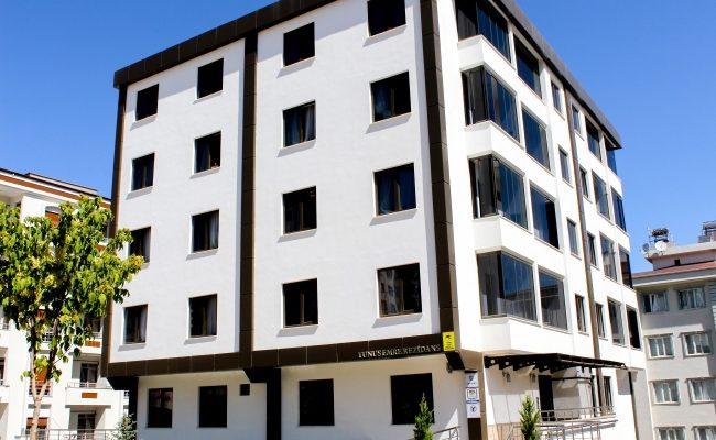 الزكاة تقدم اربع واربعون شقة مفروشة للعائلات السورية اللاجئة