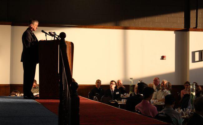 مأدبة افطار الجالية المسلمة و الكاثوليك في شيكاغو