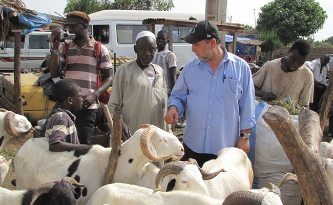 Halil Demir, ZF ED, Discusses ZF Humanitarian Efforts with Newly Elected President of Mali