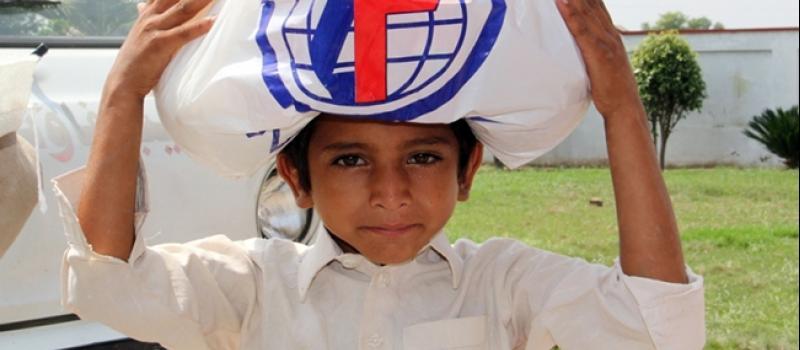 شريان الحياة للناجين من الفيضانات في باكستان والهند-2014