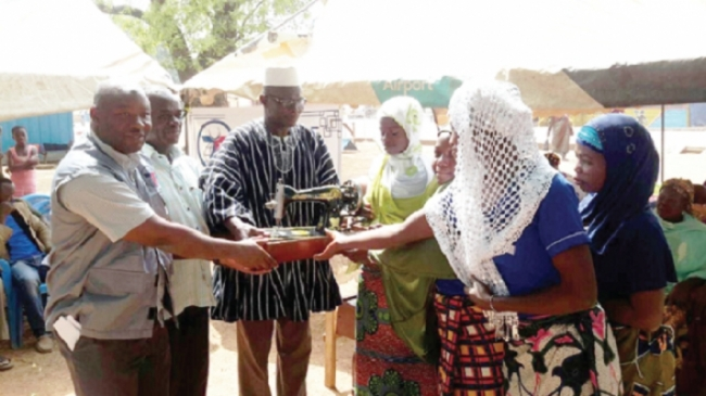 Graphic Online: Zakat Foundation Sets Up 10 Women